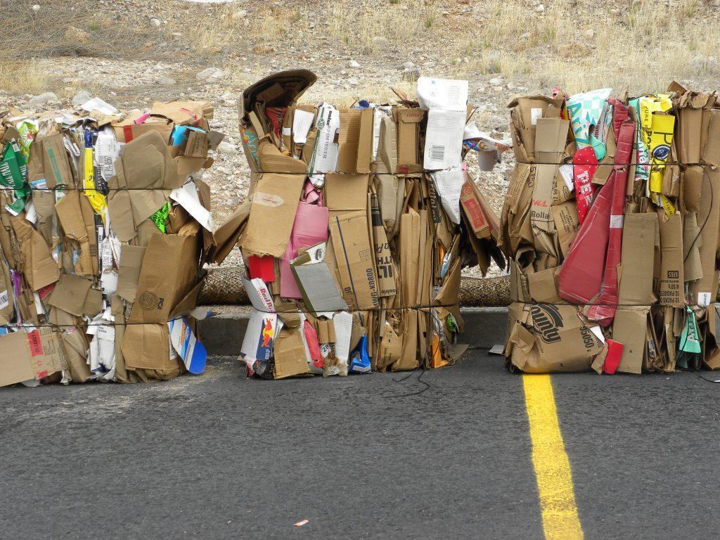 Recycling Pappmöbel